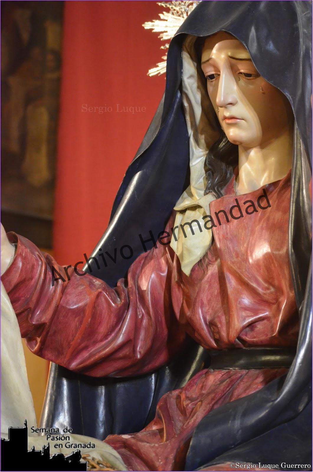 Besapie Semana de Pasión en Granada (6)
