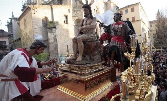 Via-Crucis parroquial con el Señor de la Humildad